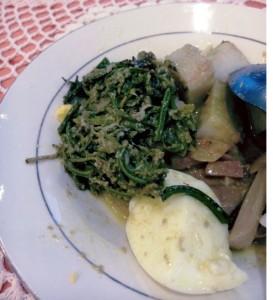 lontong, sayur, paku, padang, kuliner